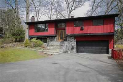 Mount Kisco Single Family Home For Sale: 105 Stanwood Road