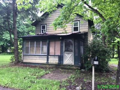 Single Family Home For Sale: 11 McCune Place