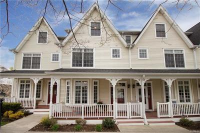Port Chester Condo/Townhouse For Sale: 19 Olivia Street #4