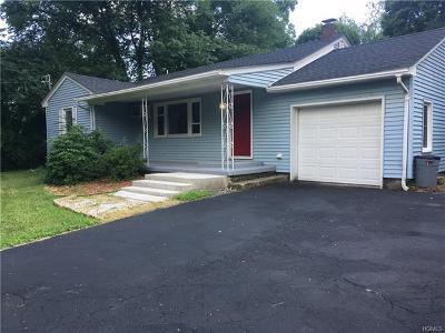 Middletown Single Family Home For Sale: 1991 Goshen Turnpike