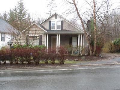 Barryville, Woodridge Single Family Home For Sale: 15 Lew Street