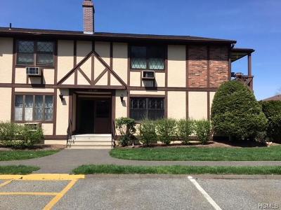 Valley Cottage Condo/Townhouse For Sale: 478 Sierra Vista Lane