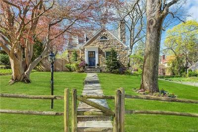 Hartsdale Single Family Home For Sale: 72 Jane Street