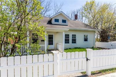 Walden Single Family Home For Sale: 21 Ridge Avenue