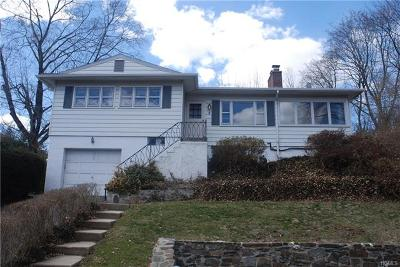 Rye Brook Single Family Home For Sale: 2 Knollwood Drive