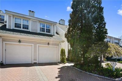 Bedford Hills Condo/Townhouse For Sale: 10 Lake Marie Lane