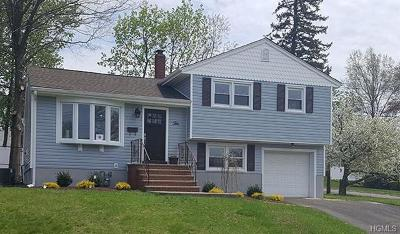 Suffern NY Single Family Home For Sale: $389,000