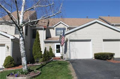 Mahopac Condo/Townhouse For Sale: 15 Penelope Court