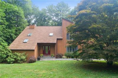Cross River Single Family Home For Sale: 9 Howland Drive
