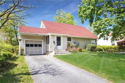 Yonkers Single Family Home For Sale: 49 Hazelton Road
