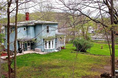 Unionville Single Family Home For Sale: 21 Prospect Street