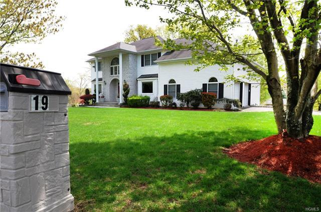 Listing: 19 Van Wort Drive, Garnerville, NY.| MLS# 4819903 | Donna ...