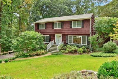 Chappaqua Single Family Home For Sale: 617 Douglas Road