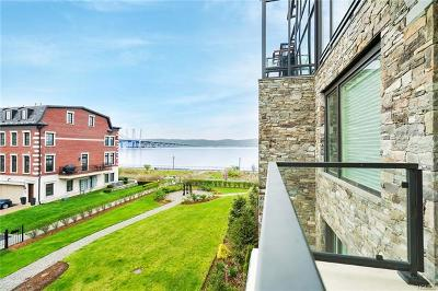 Tarrytown Condo/Townhouse For Sale: 16 Rivers Edge Drive #304