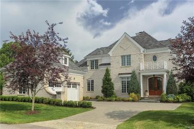 New Rochelle Single Family Home For Sale: 9 Cherry Lawn Boulevard