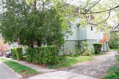 Multi Family 2-4 For Sale: 27 White Avenue