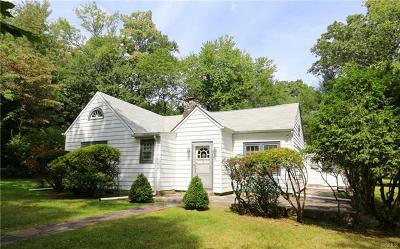 Mohegan Lake Single Family Home For Sale: 1688 Lawrence Road