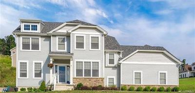 Monroe Single Family Home For Sale: 3 Smithfield