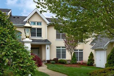 Rye Brook Single Family Home For Sale: 43 Arrowwood Circle