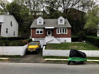 Yonkers Multi Family 2-4 For Sale: 304 Morsemere Avenue