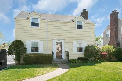 Eastchester Single Family Home For Sale: 12 Hayes Drive