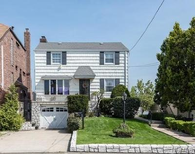 Bronx Single Family Home For Sale: 3246 Tierney Place