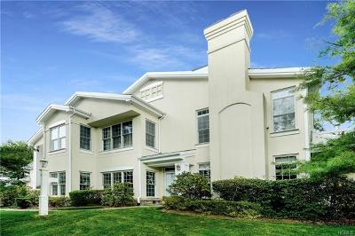 Rye Brook Condo/Townhouse For Sale: 150 West Doral Greens Drive
