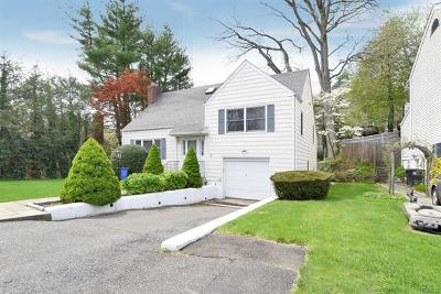 Harrison Single Family Home For Sale: 4 Clifford Place
