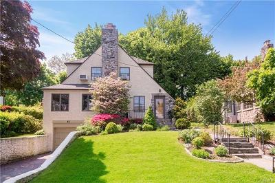New Rochelle Single Family Home For Sale: 41 Old Orchard Road