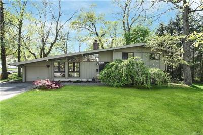 White Plains Single Family Home For Sale: 43 Winslow Road