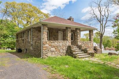 New Windsor Single Family Home For Sale: 6 Lazaroff Lane
