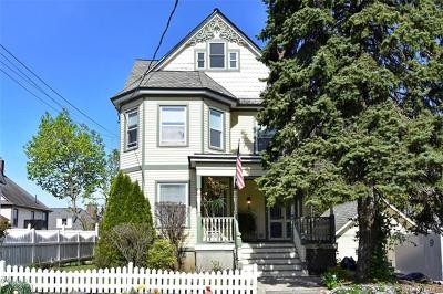 Yonkers Single Family Home For Sale: 9 Gilbert Place