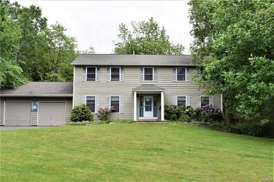 Poughquag Single Family Home For Sale: 50 Leo Lane