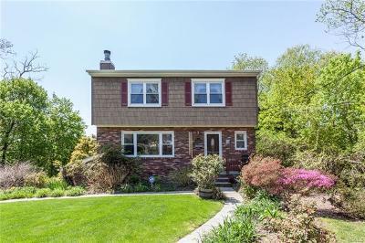 Hawthorne Single Family Home For Sale: 251 Marietta Avenue