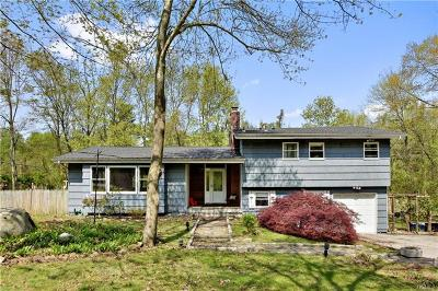 Yorktown Heights Single Family Home For Sale: 2293 Haymaker Drive