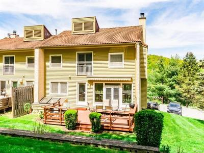 Mount Kisco Single Family Home For Sale: 15 Deer Ridge Road