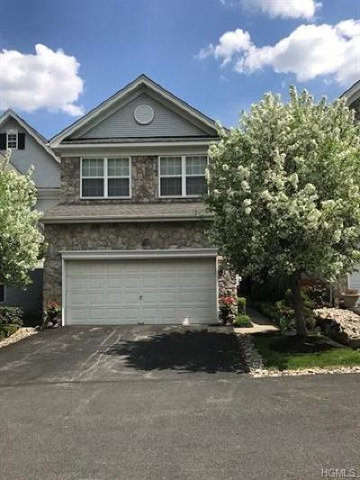 Single Family Home Sold: 5 Holly Court