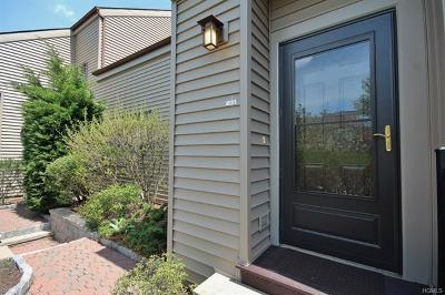 Ossining Condo/Townhouse For Sale: 12 Steven Drive #3