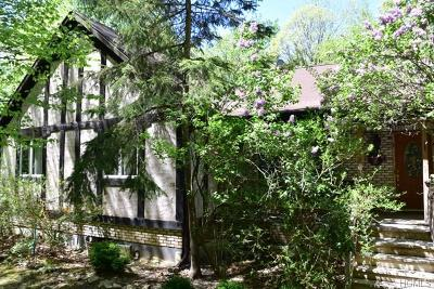 Warwick Single Family Home For Sale: 32 Points Of View