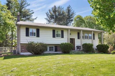 Yorktown Heights Single Family Home For Sale: 2880 Boston Court
