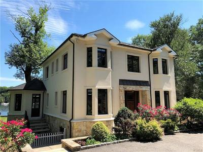 Mahopac Single Family Home For Sale: 46 West Lake Boulevard