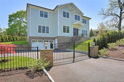 New Rochelle Single Family Home For Sale: 120 Davenport Avenue