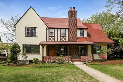Port Chester Single Family Home For Sale: 52 Glen Avenue