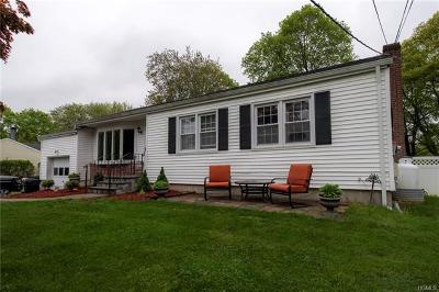 Yorktown Heights Single Family Home For Sale: 3271 Beaver Drive