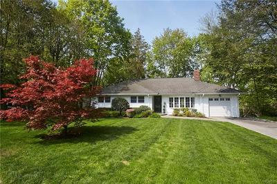 New Rochelle Single Family Home For Sale: 5 Arbor Drive