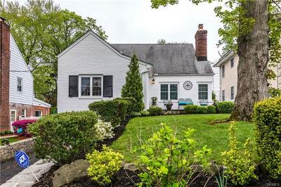 Yonkers Single Family Home For Sale: 28 Aka 25 Bedford Place