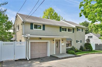 New Rochelle Single Family Home For Sale: 59 Lambert Lane