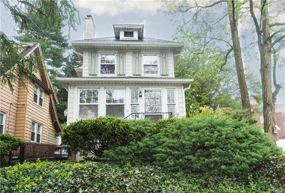 New Rochelle Single Family Home For Sale: 71 Hudson Pk Road