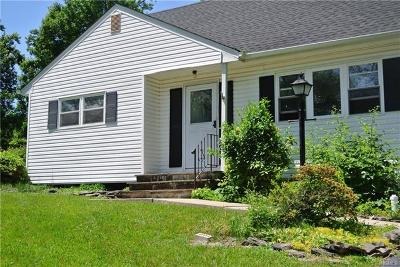 Pearl River Single Family Home For Sale: 395 Gilbert Avenue
