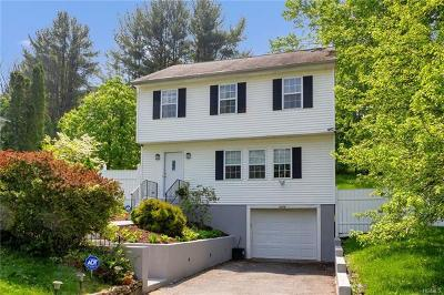 Peekskill Single Family Home For Sale: 2024 Oakwood Drive